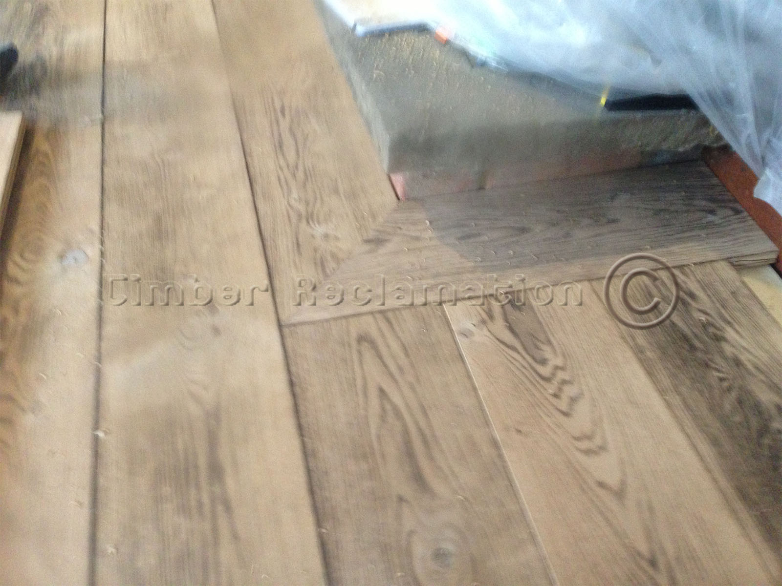 Beautifuly Grained Reclaimed Aged Oak Character Grade